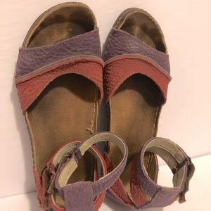EL NATURALISTA Recyclus pink and purple sandals 36